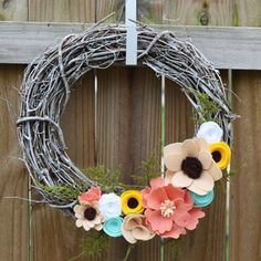 LOVE this wreath! made by the talented Rebecca Parrott.