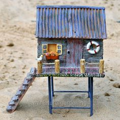 25 Cute DIY Fairy Furniture and Accessories For an Adorable Fairy Garden Beach Fairy Garden, Fairy Garden Houses, Garden Bed, Gnome Garden, Little Gardens, Fairy Crafts, Fairy Furniture, Fairy Garden Accessories, Fairy Doors