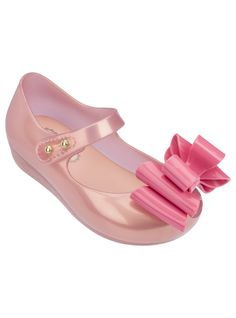 Mini Ultragirl Triple Bow 18 Candy Pearl | Mini Melissa Shoes at NONNON.co.uk