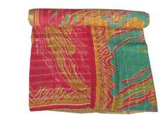 Vintage kantha Quilt Cotton Bedspread Gudari Ralli Indian Art Christmas Gifts #Handmade #Transitional