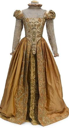 Tudor - Shakespeare in Love - Gwyneth Paltrow as Viola de Lesseps - movie dress