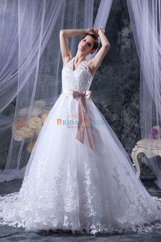 Sumptuous Princess Halter Strap V-Neckline White Lace Wedding Dress With Waistband