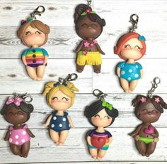 Pequeñas bellezas. Polymer Clay Dolls, Polymer Clay Projects, Mary Moon, Sister Crafts, Ideas Joyería, Cute Names, Cute Clay, Fondant Figures, Sugar Art
