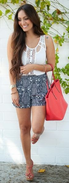 Patterned Crepe Shorts Streetstyle