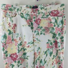 NYDJ Not Your Daughters Jeans Lift Tuck Floral Print Capri Cropped Ankle Pant 12 #NYDJ #CaprisCropped