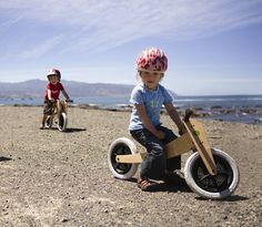 So your #kids are growing like weeds, and you're wracking your brains trying to find stuff which they won't outgrow before you finish paying for the purchase.  - http://thegadgetflow.com/portfolio/wishbone-3-1-original-bike/