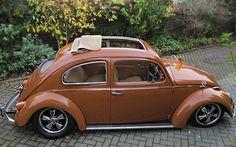 VW Beetle cream chocolate