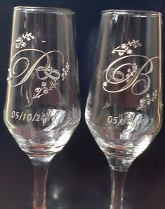 Wedding Wine Glasses, Wedding Champagne Flutes, Wine Glass Crafts, Wine Bottle Crafts, Marie's Wedding, Monogrammed Glasses, Wedding Keepsake Boxes, Wine Glass Candle Holder, Wine Glass Designs