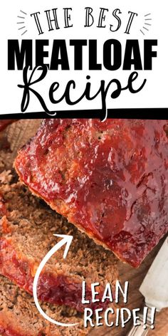 This a classic ground beef meatloaf is the type of recipe you'll want to make again and again. It's easy to make, incredibly tender and holds its shape as a loaf. It's sauce -- made with traditional ingredients like ketchup, brown sugar, and Worcestershire sauce -- is Ioaded with flavor. Classic Meatloaf Recipe, Good Meatloaf Recipe, Meat Loaf Recipe Easy, Best Meatloaf, Meatloaf Recipes, Meat Recipes, Cooking Recipes, Classic Recipe, Shrimp Recipes
