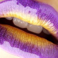 Lovely ❤️ @anastasiabeverlyhills #makeup #anastasiabeverlyhills #shopping #like4like #kiss #makeupartist #beauty #lovely #cool #beautiful #silvynewmakeup #like4like #likeforfollow #followme #blogger #beautyblogger #lipstick #color #amazing #miamibeach #style #gloss #trendy #fashionista #photooftheday #wakeupandmakeup #favourite