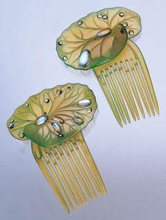 Combs ca. 1900 via Tadema Gallery | JV