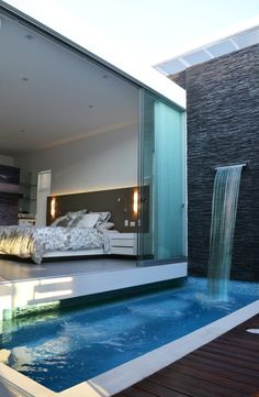 A swimming pool is one of the favorite places to refresh our mind. It is no wonder that people will seek the resort with modern and luxurious swimming pool to spend their vacation. A nice swimming pool design will require . Home Interior Design, Exterior Design, Room Interior, Future House, Piscina Interior, Moderne Pools, Small Pools, Plunge Pool, Pool Houses