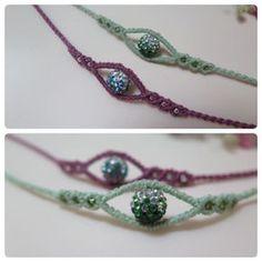 45 отметок «Нравится», 3 комментариев — ami (@star_ami) в Instagram: «#bracelet #macramebracelet #macrame #jewelry #evileye #handmade #knotcraft #매듭공예 #이블아이 #매듭팔찌 반짝이는…»