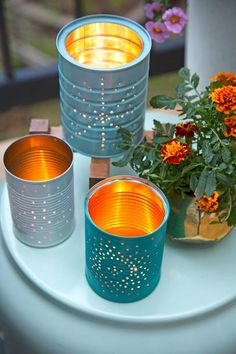 Diy Discover How to Make Tin Can Lanterns - decor ideas - Dekoration Tin Can Crafts Sand Crafts Seashell Crafts Diy Crafts Garden Crafts Tin Can Diy Projects Coffee Can Crafts Homemade Crafts Diy Garden Decor Upcycled Crafts, Crafts From Recycled Materials, Recycled Cans, Sewing Crafts, Tin Can Crafts, Easy Crafts, Crafts With Tin Cans, Tin Can Diy Projects, Coffee Can Crafts