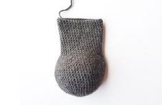 Amigurumi: free crochet pattern for a realistic Schnauzer dog with handmade fur