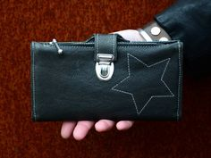 "up-cycling leather purse ""Bunda"""