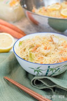 One-Pot Pancit is a quick and easy rice noodle dinner the whole family will love. With chicken, shrimp, and vegetables, this delicious recipe is gluten-free and kid-approved too! Gf Recipes, Low Calorie Recipes, Salmon Recipes, Lunch Recipes, Easy Dinner Recipes, Vegetarian Recipes, Cooking Recipes, Healthy Recipes, Noodle Recipes