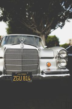 Nothing quite compares to the grill on a classic Mercedes.....CA