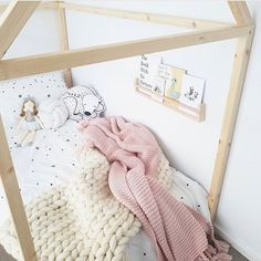 @thesophyemilystyle sharing a sneak peak of her daughters new bedroom! Exciting…