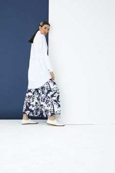 The perfect addition to any Muslimah outfit, shop Rabia Z X Modanisa's stylish Muslim fashion Black - White - Navy Blue - Multi - Cotton - Pants. Find more Pants at Modanisa! Muslim Fashion, Modest Fashion, Cotton Pants, Women Wear, Navy Blue, Black And White, Stylish, Womens Fashion, Outfits