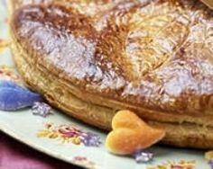 Galette des rois rhum raisins http://www.cuisineaz.com/recettes/galette-des-rois-rhum-raisins-51537.aspx