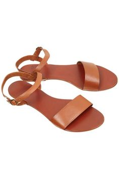 perfectly chic leather sandals