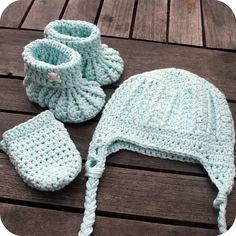Mint crochet baby set by coffee n crochet, via Flickr