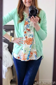 Love this... I hope mine is this cute!!! It's that time again. My latest shipment from Stitch Fix arrived in the mail earlier this week and I can't wait to show you what arrived. But before I do, I want to fill you in on some really big n... Love this... I hope mine is this cute!!!