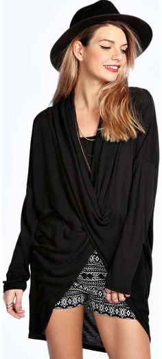 boohoo Xenia Twist Front Jumper - black azz14896 Go back to nature with your knits this season and add animal motifs to your must-haves. When youre not wrapping up in woodland warmers, nod to chunky Nordic knits and polo neck jumpers in peppered mar http://www.comparestoreprices.co.uk/womens-clothes/boohoo-xenia-twist-front-jumper--black-azz14896.asp