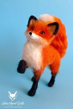Needle felted foxes, red fox, silver fox, fennec fox, miniatures made of wool, tiny foxes for doll house, fairy garden