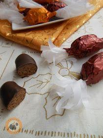 Praliné Paradicsom: Ropogós diópralinés szaloncukor Christmas Candy, Christmas Cookies, Hungarian Desserts, Cookie Recipes, Dessert Recipes, Winter Food, Truffles, Sweets, Homemade