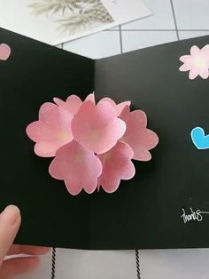 Pop Up Flower Cards, Pop Up Flowers, Diy Flowers, Paper Cards, Paper Gifts, Diy Paper, Bookmarks Diy Kids, Paper Origami Flowers, Quilling Birthday Cards