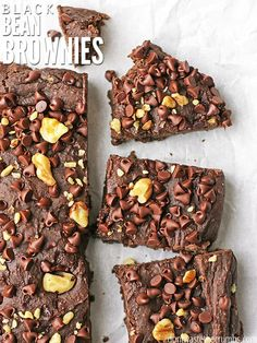 Oh my goodness, these black bean brownies taste just like those Little Debbie snacck fudge brownies I had when I was a kid! I love that these have no sugar, are packed with nutrition and passed the taste test of SEVEN people who couldn't even guess they h Real Food Recipes, Dessert Recipes, Ham Recipes, Broccoli Recipes, Oven Recipes, Pudding Recipes, Sausage Recipes, Brownie Recipes, Turkey Recipes