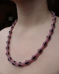 Beaded tubular herringbone necklace. Pink and black by AnnaMosztok