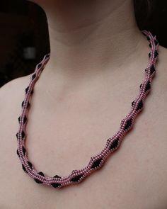 Beaded tubular herringbone necklace. Pink and black by AnnaMosztok