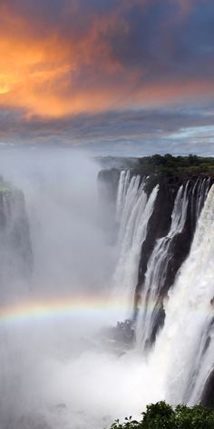 The Victoria Falls in Zimbabwe is located on the Zambia and Zimbabwe border