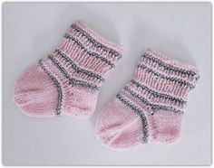 Johanna Kristiina: Vauvasukat ♥ vaaleanpunaista ja hopeaa ♥ Pink Knitted Baby Socks Socks, Fashion, Moda, Fashion Styles, Sock, Stockings, Fashion Illustrations, Ankle Socks, Hosiery