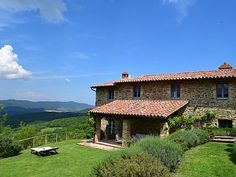 Casale Sento, Piegaro: Holiday villa for rent. Read 17 reviews, view 24 photos, book online with traveller protection with the owner - 1017362