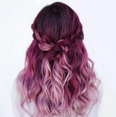 Amazing Purple Ombre Hair Ideas a few years ago, if you thought purple hair … - Hair Women Beauty Magenta Hair Colors, Ombre Hair Color, Color Red, Pink Purple Hair, Ombre Purple Hair, Red Ombre, Short Ombre, Yellow Hair, Long Pink Hair