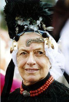 Headdress, Headpiece, Folk Costume, Costumes, Perspective Photos, Folk Clothing, All Smiles, Light Skin, People Of The World