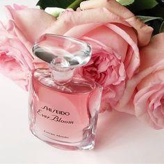 Ever Bloom Extrait Absolu, el último lujo de Shiseido - Belleza en vena
