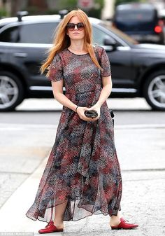 Sophisticated: The SAG Award nominee - who relies on stylist Anita Patrickson - looked chic in a short-sleeved, sheer dotted maxi-dress with red loafer mules Red Headed League, Crotch Shots, Red Loafers, Isla Fisher, Red Things, Loafer Mules, Shades Of Red, Manchester City, Hair Designs