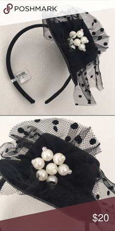 Just inNWT Mini Top Hat Pearl & Tulle Headband NWT Mini Top Hat Pearl & Polka Dot Tulle Headband. Perfect for Steampunk or Halloween costumes! No holds No lowball offers No Trades ✅Please submit reasonable offers via the offer button OR Bundle & save! Accessories Hair Accessories