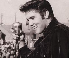 Elvis Presley: early hit recordings, 1954-1956 / selected live ...