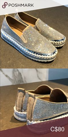 Swarovski crystal loafers Like new crystal loafers suede detailing. The pictures do not do these shoes justice. They sparkle so beautifully in the light. Plus Fashion, Fashion Tips, Fashion Design, Fashion Trends, Swarovski Crystals, Espadrilles, Sparkle, Loafers, Pictures