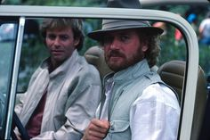 General Hospital's Robert & Luke in Mexico to retrieve the royal scepter - Oct.1984