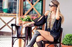 blusa preta com detalhe de oncinha - look do dia