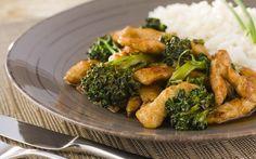 Receita de Tirinhas de peito de frango com brócolis, gengibre e shoyu - iG