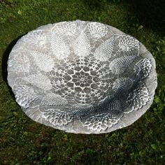 Tip: soak doilies in oil for easy release