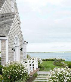 Beach Cottage ~ This looks wonderful!